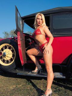Gina Blonde