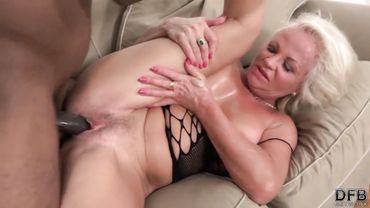 Busty mature blonde enjoys hardcore anal pounding with a big hard dick