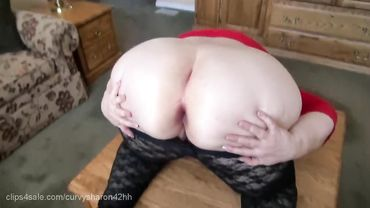 Solo action for a fat chick with a juicy nice big ass