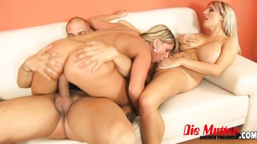 European blonde women with big tits share a single cock to please together