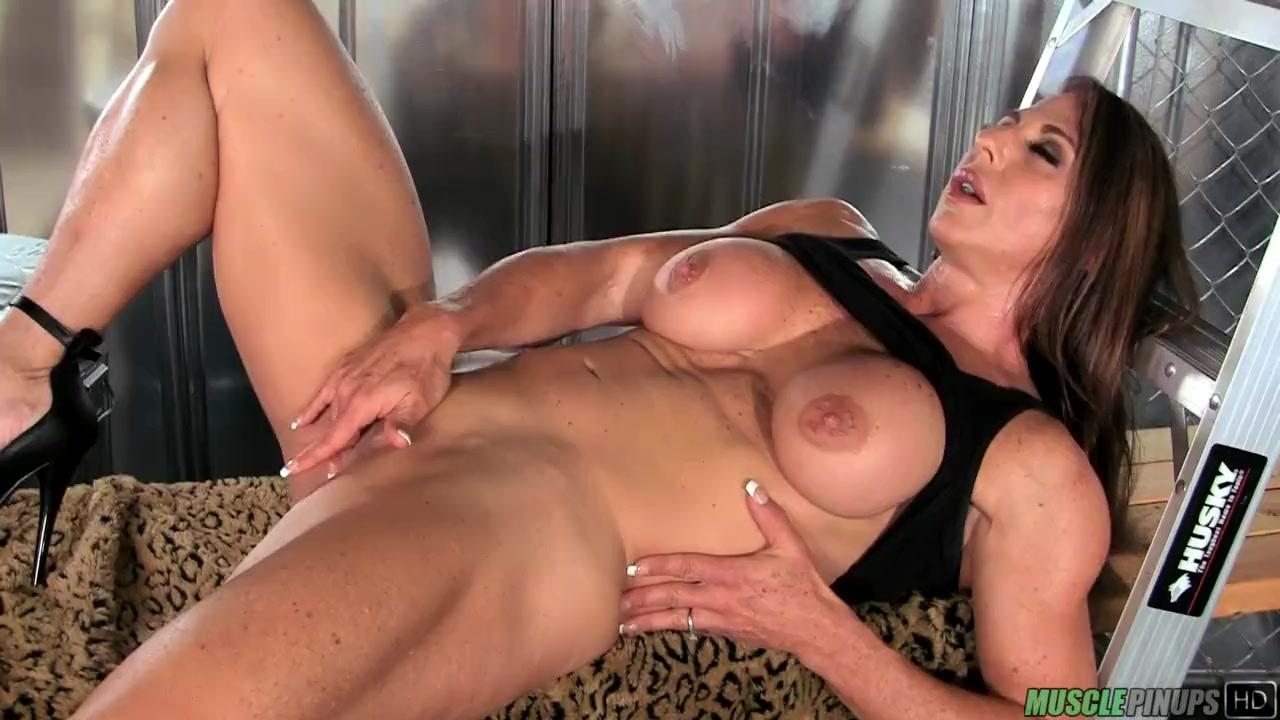 Perfect Ass Strip Tease