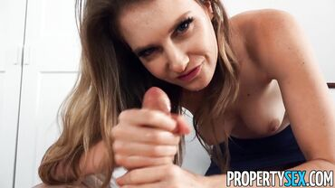 Horny MILF real estate agent adores giving nasty blowjobs to potential clients