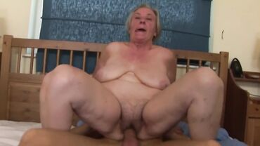 Fat old amateur gets naked and rides dick like a filthy cowgirl