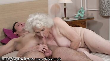 Naked granny with a big ass gives nasty blowjob to a young stud